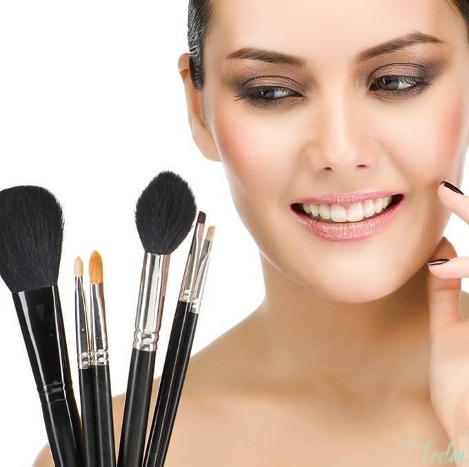 Guide pinceaux maquillage utilisation pinceaux maquillage - Pinceaux maquillage utilisation ...