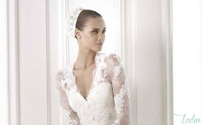 Robe de mariée décolleté à manches