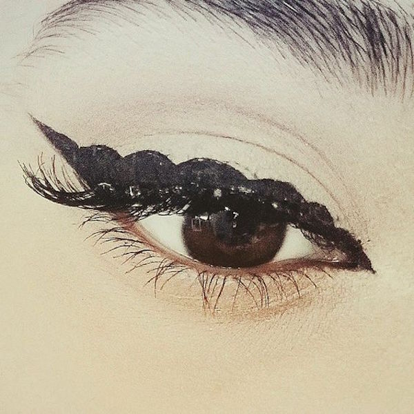 eye-liner-bubble