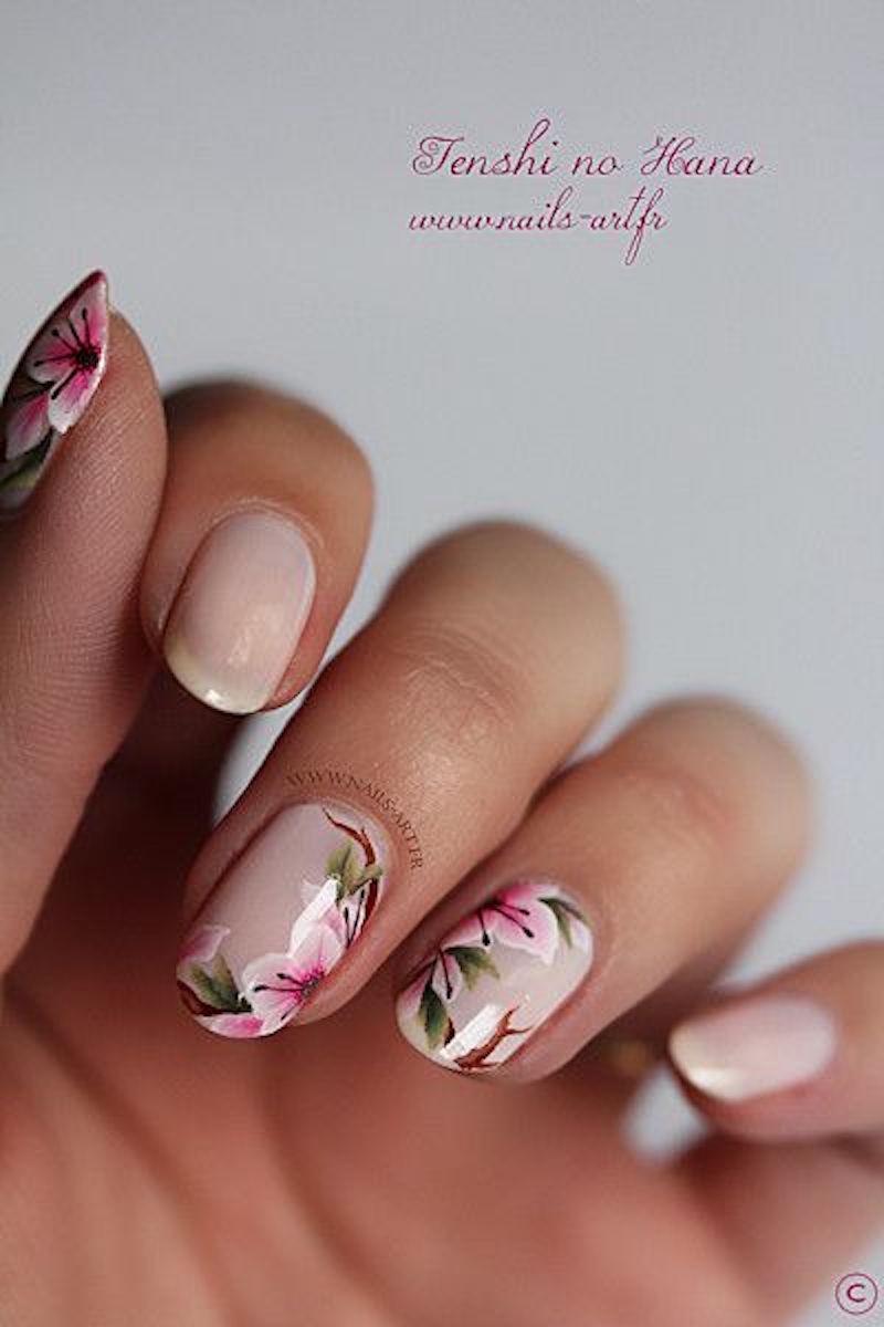 nail-art-fleuri