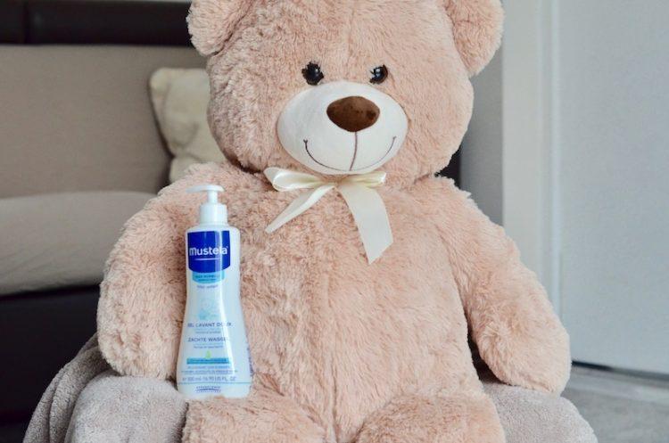 Le gel lavant Mustela pour prendre soin de bébé